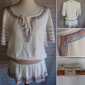 Forever 21 embroided peplum tunic size M